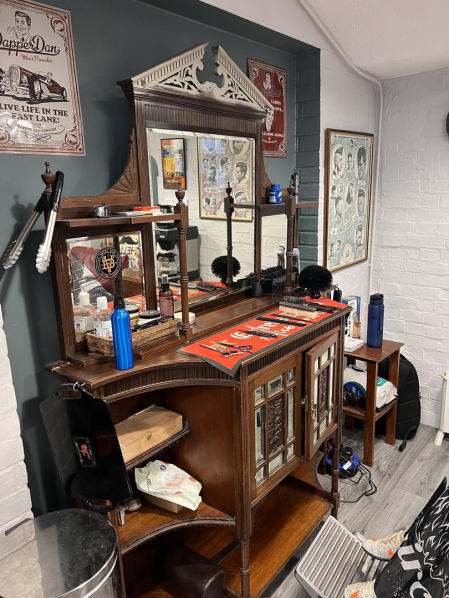 Sweeney Plod, The Folly Barber, Petersfield, the best barber in Hampshire